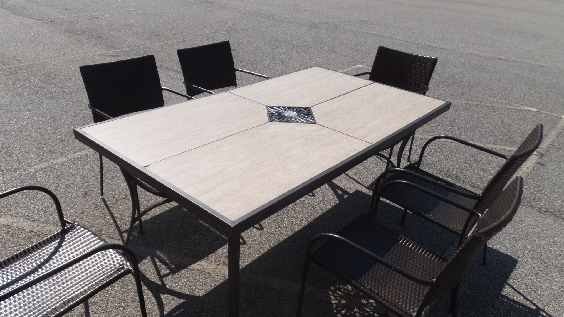 outdoor patio furniture sale 50 off retail many pieces business news. Black Bedroom Furniture Sets. Home Design Ideas