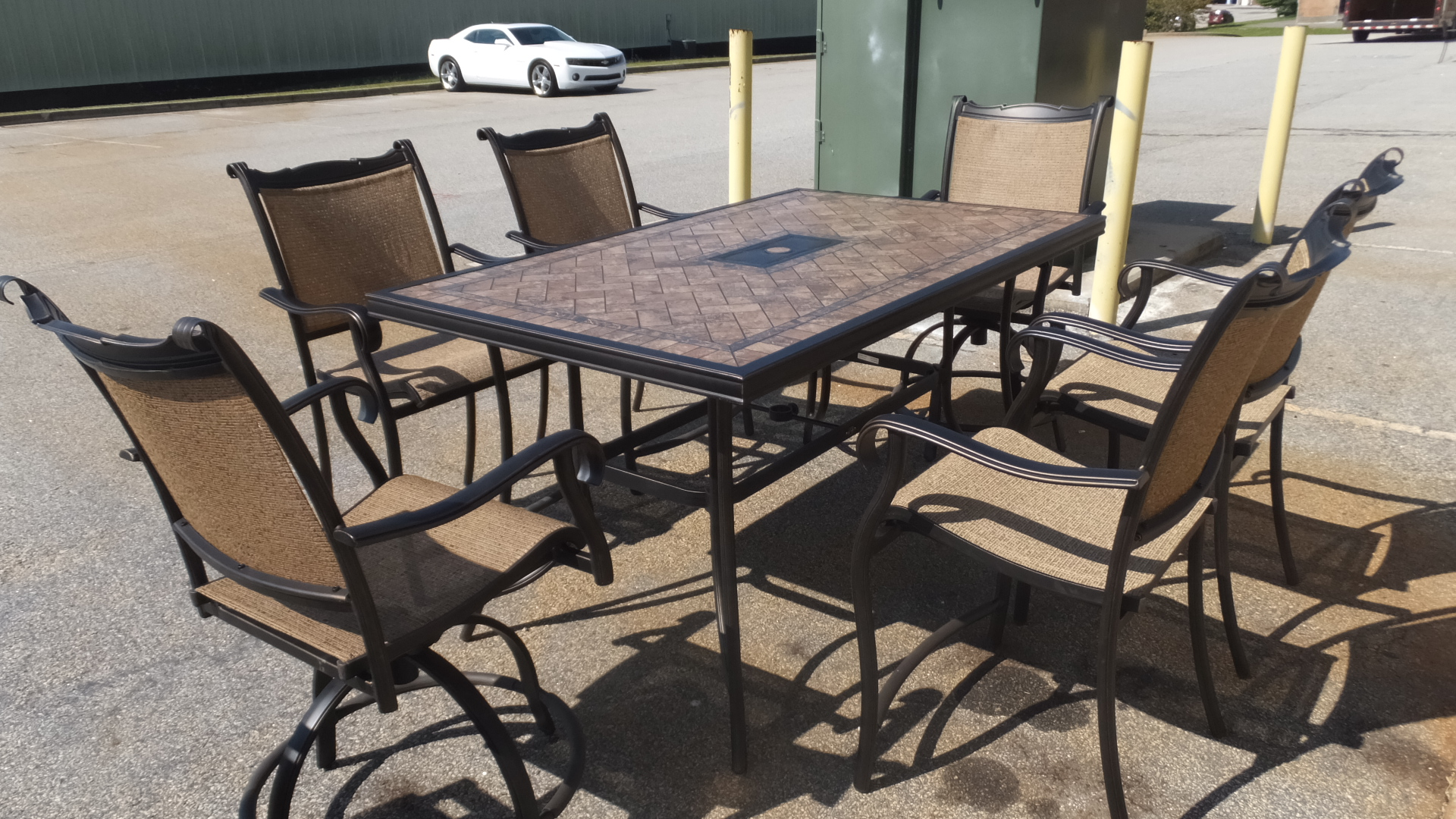 Outdoor patio furniture sale 50 off retail many pieces for Patio furniture retailers